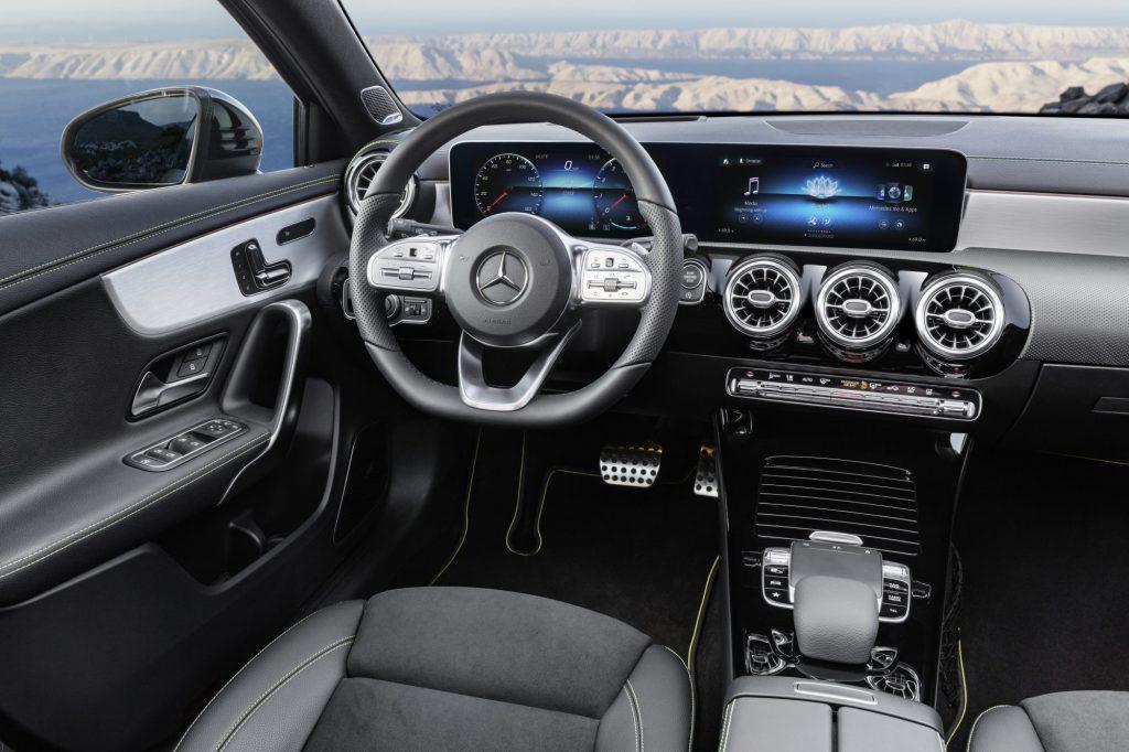 Den nye Mercedes Benz CLA Coupe